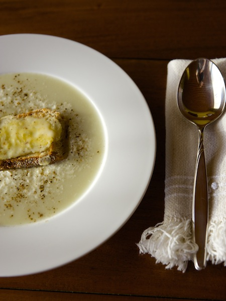 Cauliflower soup with cheese Cotija