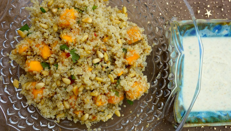Quinoa Salad with Mango & Yogurt Curry Sauce