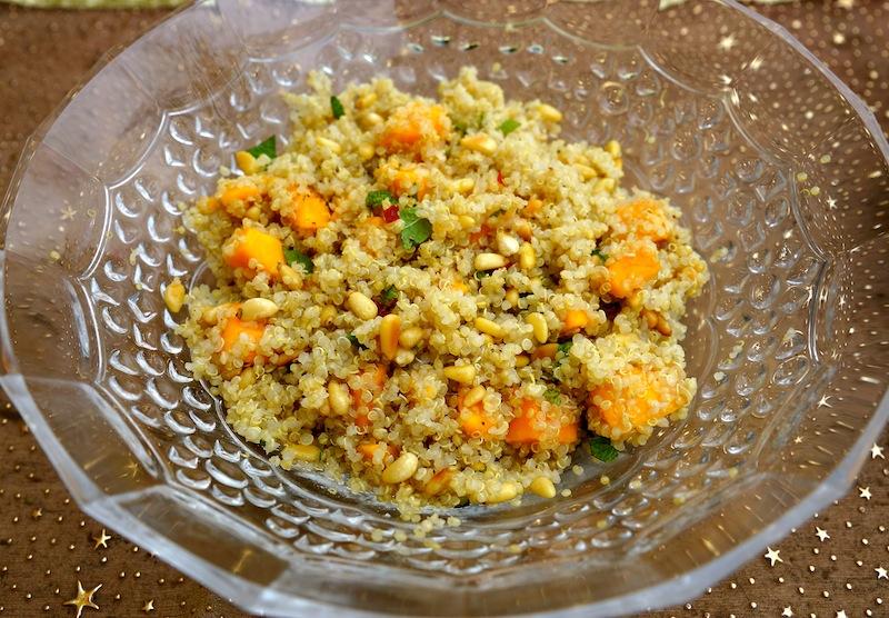 Quinoa Salad with Mango & Yogurt Curry Sauce