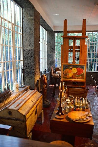 Frida Kahlo's Closet DSC05627 copy