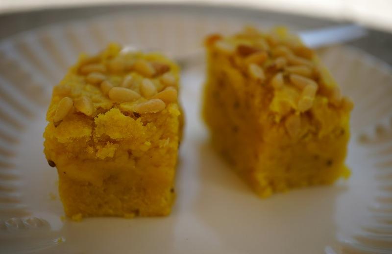 Sfouf cake with turmeric & anise & Ayran DSC08867 copy