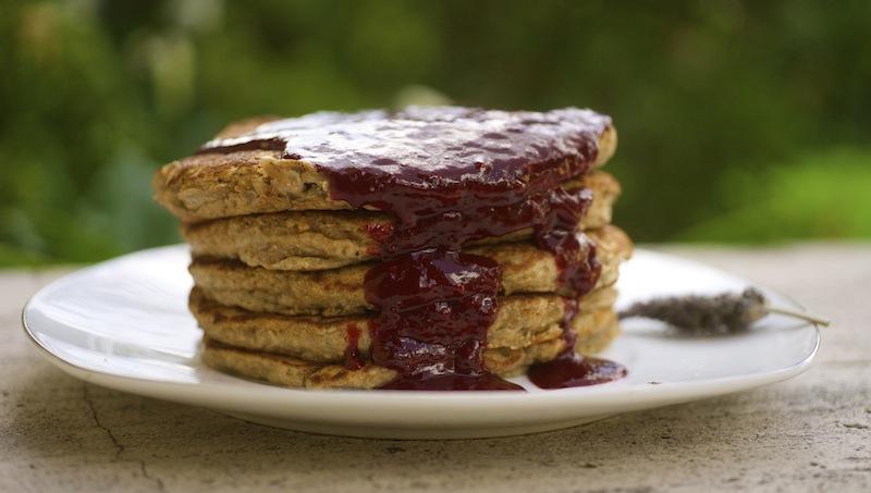 Whole Wheat Pancakes with Blackberry Jam & Kiwi Kale Smoothie
