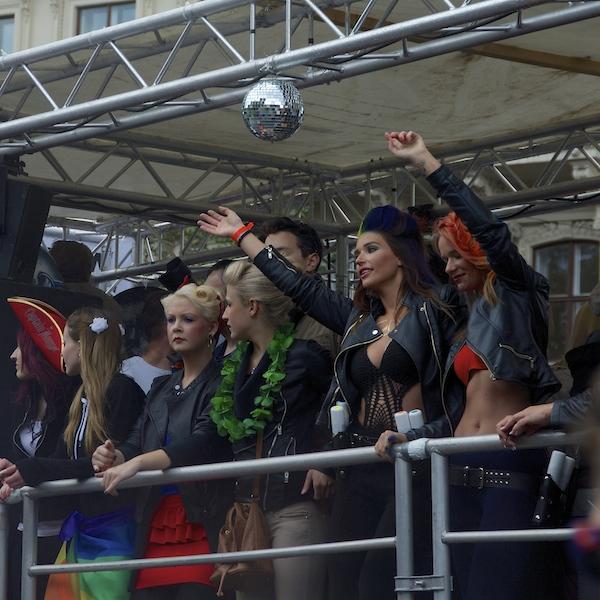 DSC04601 Rainbow Parade in Vienna