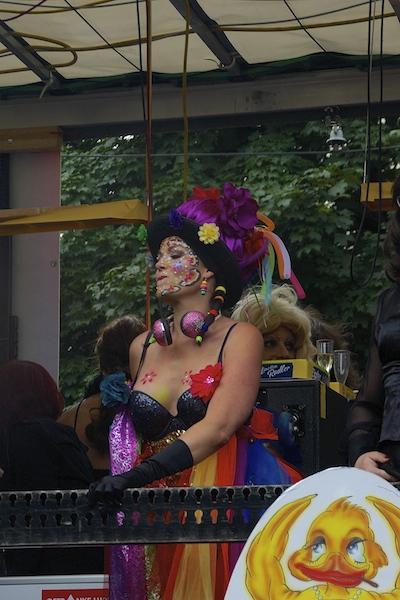 DSC04614 Rainbow Parade in Vienna