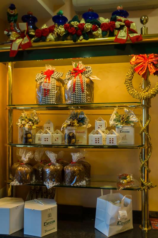 DSC02575 Venetian Christmas Tradition : Focaccia & Panettone