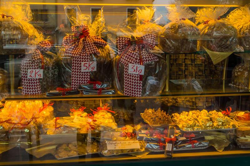 DSC02593 Venetian Christmas Tradition : Focaccia & Panettone