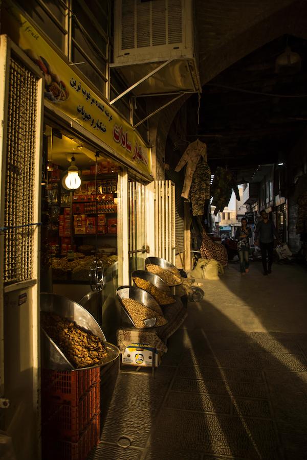 dsc08522 Exploring Isfahan's Grand Bazaar